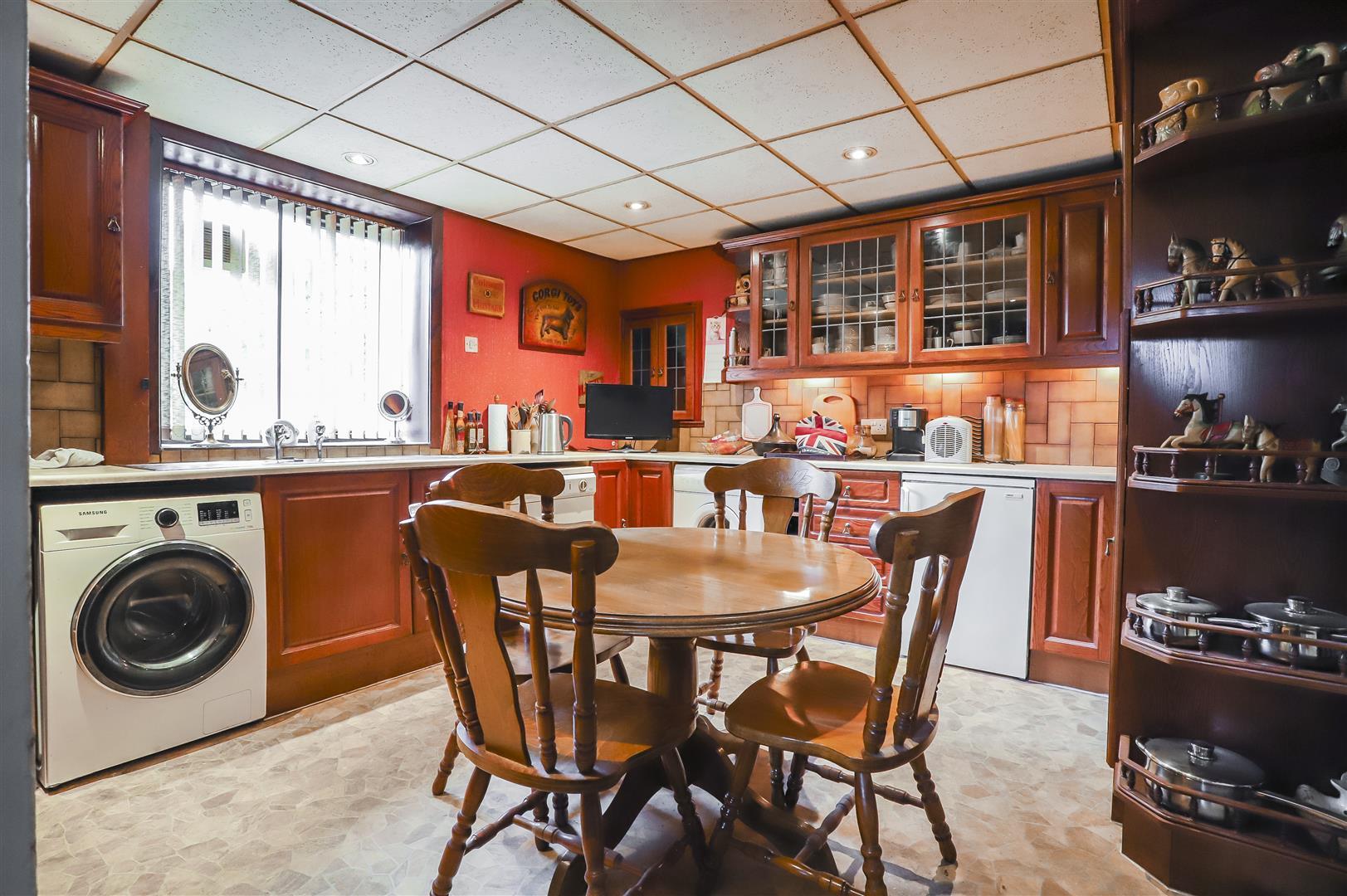 5 Bedroom Detached House For Sale - Image 30